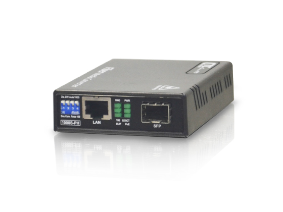PoE+ (PSE) Fiber Media Converter: FMC-1000S-PH